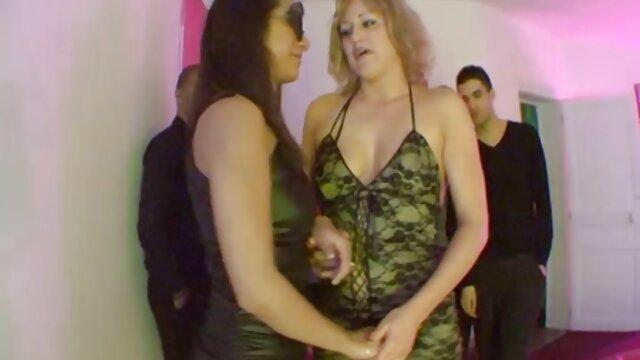 Das Mädchen im Wartezimmer ihrer Beine ausstrecken, und jetzt kostenlos sex filme anschauen lassen Sie Ihren Arsch