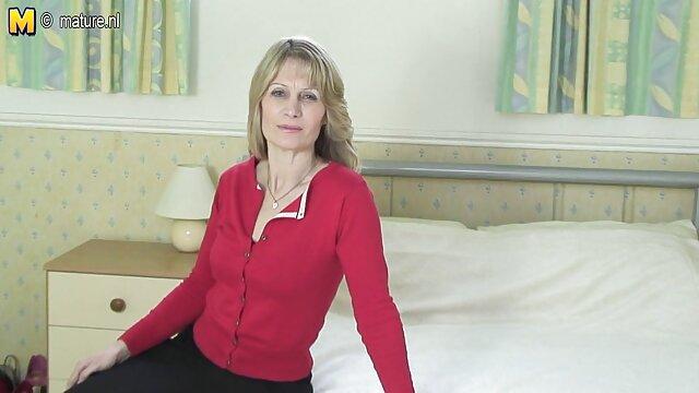 Intervie Med mit pornofilme online schauen einer wunderbaren 30-jährigen Hausfrau aus St. Petersburg.