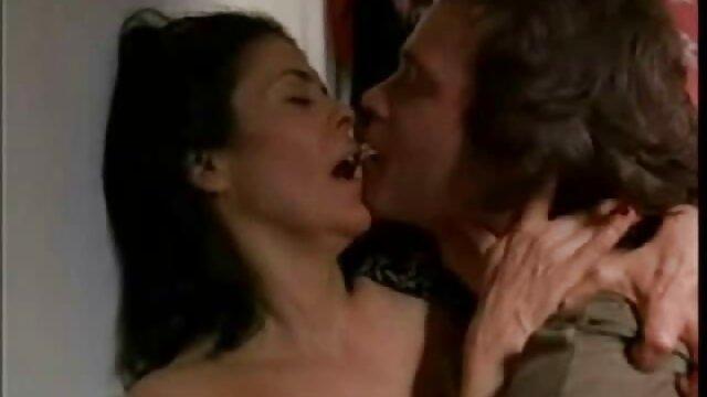 Kahl junge gab in den Mund porno film kostenlos anschauen
