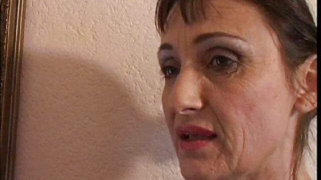 Frau auf der Zunge P. 1 zahlen kostenlos pornos online